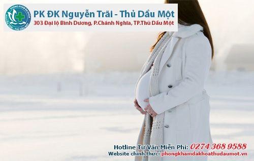 Giữ ấm mùa đông rất quan trọng cho sự phát triển của thai nhi