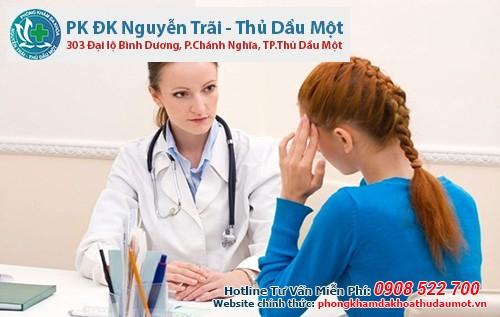 Dịch âm đạo có lẫn máu không thể loại trừ nguy cơ bệnh xã hội