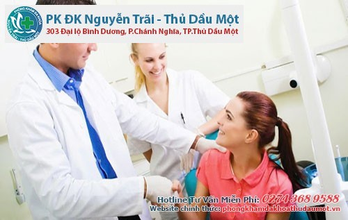 Nên đi khám và điều trị ngay khi phát hiện các biểu hiện kinh nguyệt không đều