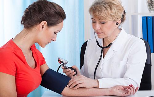 Kiểm tra sức khỏe trước khi phá thai