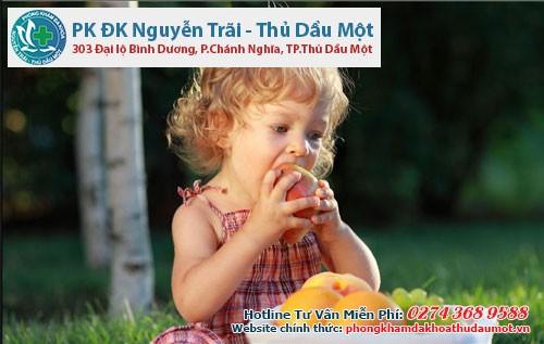 Táo và sức khỏe của trẻ